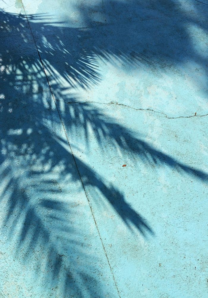 konfigurieren des Kunstdrucks in Wunschgröße Turquoise Shadow von PhotoINC Studio