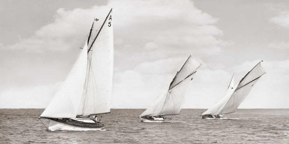 konfigurieren des Kunstdrucks in Wunschgröße Sloops racing, 1926 von Anonymous