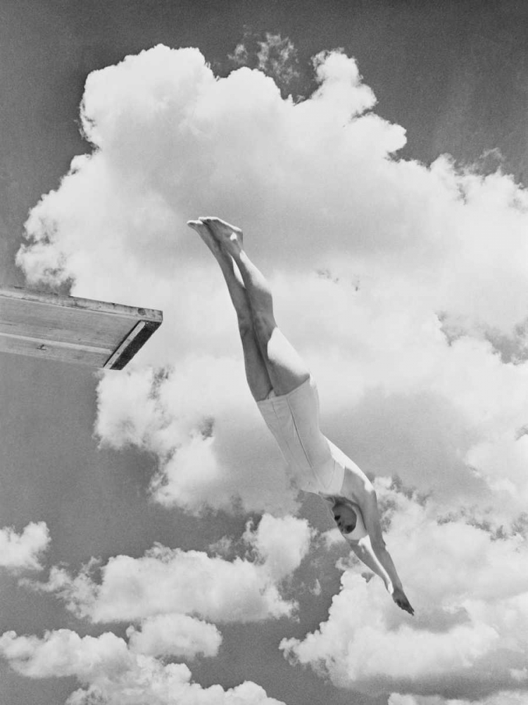 ,Games & Sports,Photography,Vintage,Black & White,Retro,3AP3671,Woman jumping from springboard,Anonymous,Vertical
