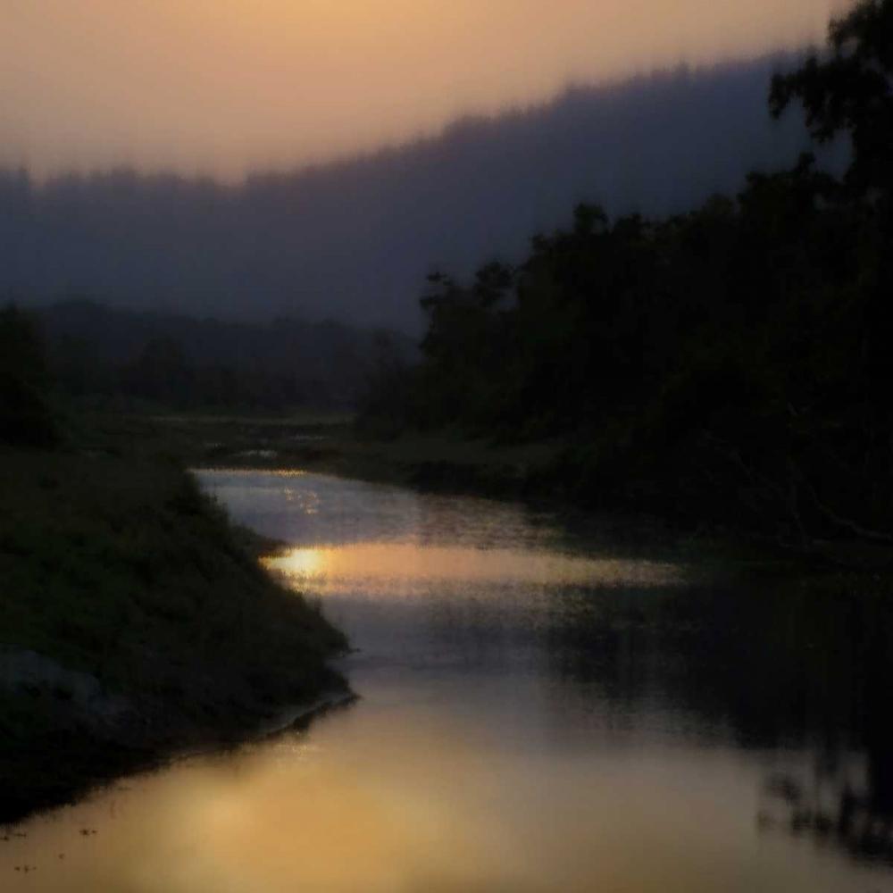 konfigurieren des Kunstdrucks in Wunschgröße Sunlit River von Clark, Madeline