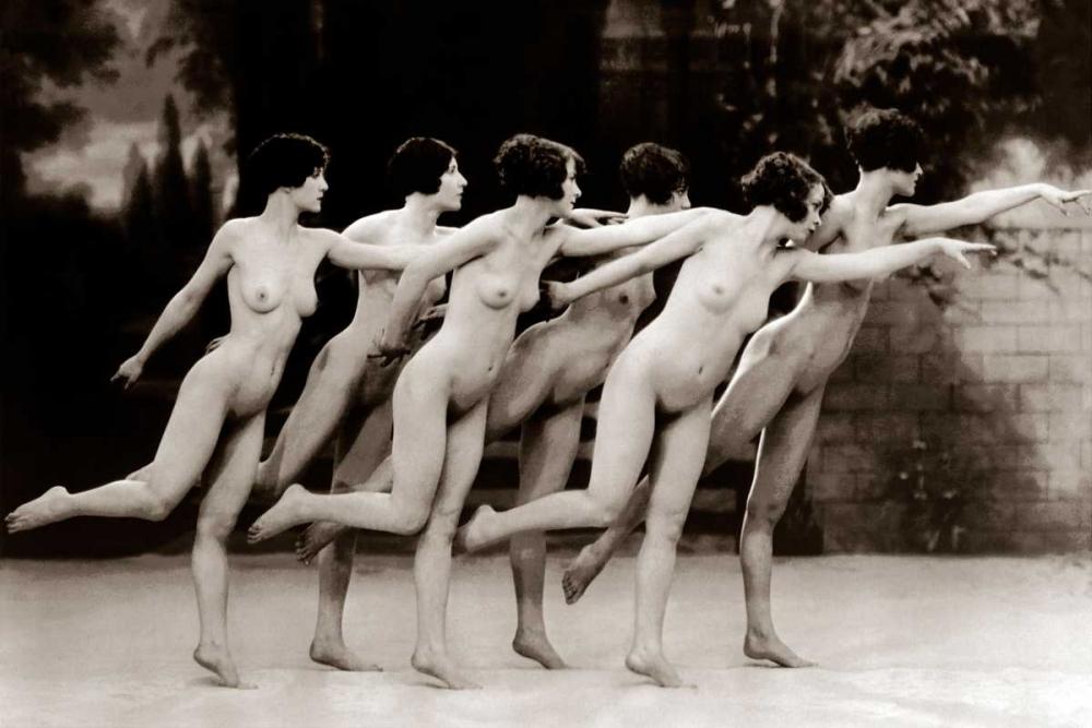 konfigurieren des Kunstdrucks in Wunschgröße Six Nude Dancers von Vintage Nudes