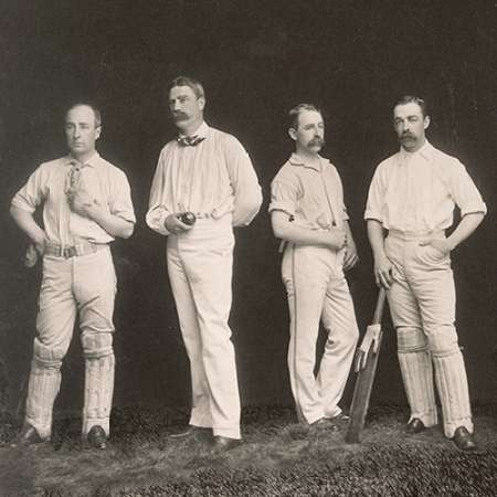 konfigurieren des Kunstdrucks in Wunschgröße Cricket Players, Unidentified Group Of Four von A.G. Spalding Baseball Collection
