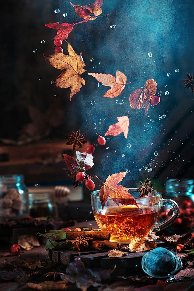 konfigurieren des Kunstdrucks in Wunschgröße Briar tea with autumn swirl von Belenko, Dina